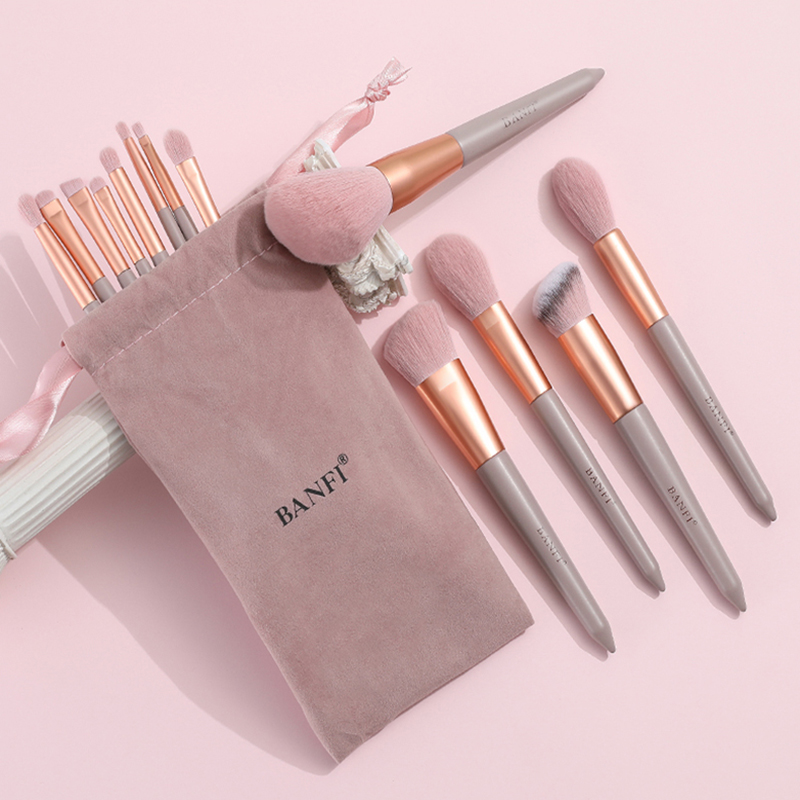 13PCs Makeup Brushes Set Soft Concealer Eyeshadow Foundation Blush Lip Eyebrow Brushes Set For Face Make-up Cosmetic Tools Kit