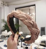 beige hairband 1