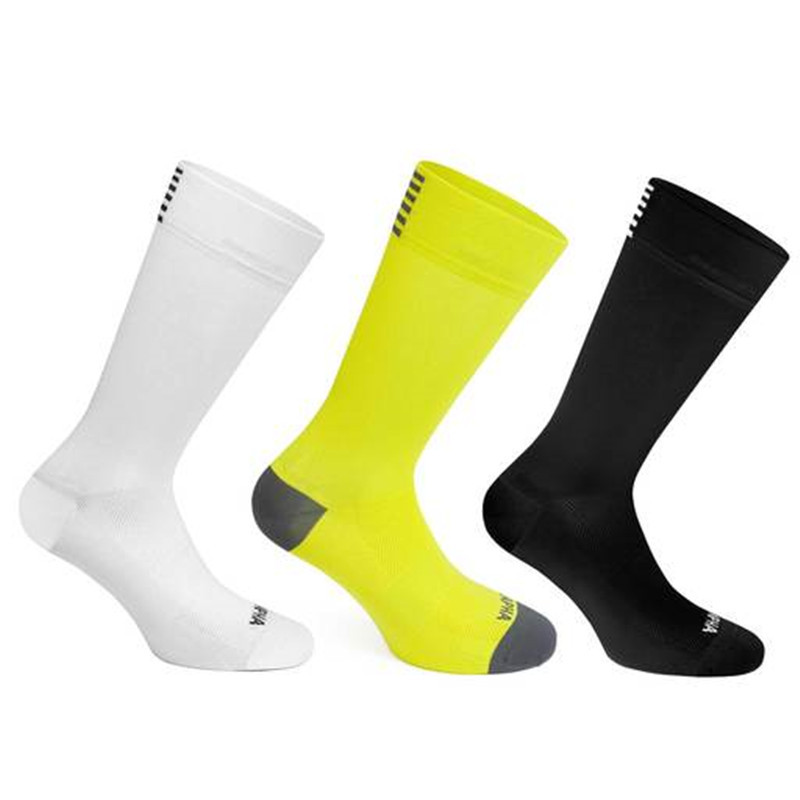 Bmambas High Quality Professional Brand Sport Socks Breathable Road Bicycle Socks Outdoor Sports Racing Cycling Socks